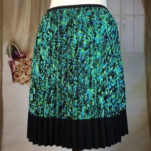 Liz Claiborne Skirts - Liz Claiborne Pleated Skirt